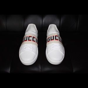 Other - Gucci Stripe Leather Sneaker